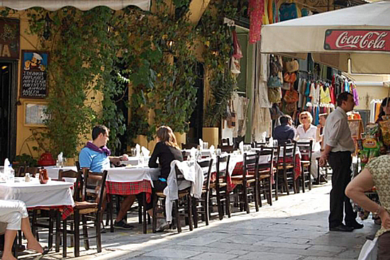 Athene_adrianou_street2.jpg