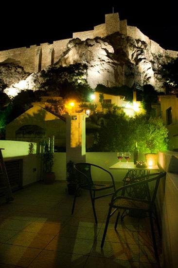Athene_shadow_acropolis_03.jpg
