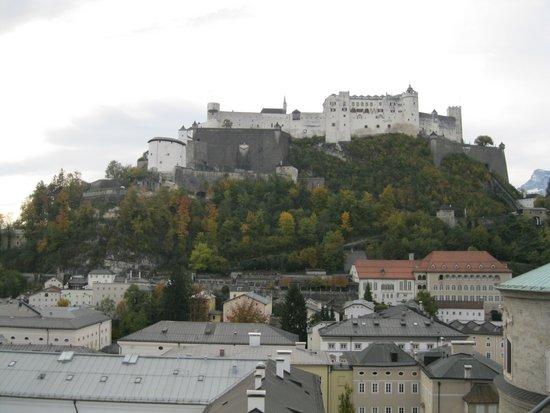 Salzburg_Hohensalzburg_vanaf_Humboldt