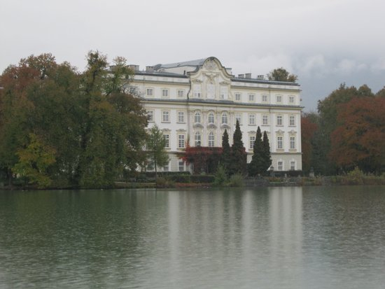 Salzburg_Schloss_Leopoldskron_sound_of_music_tour